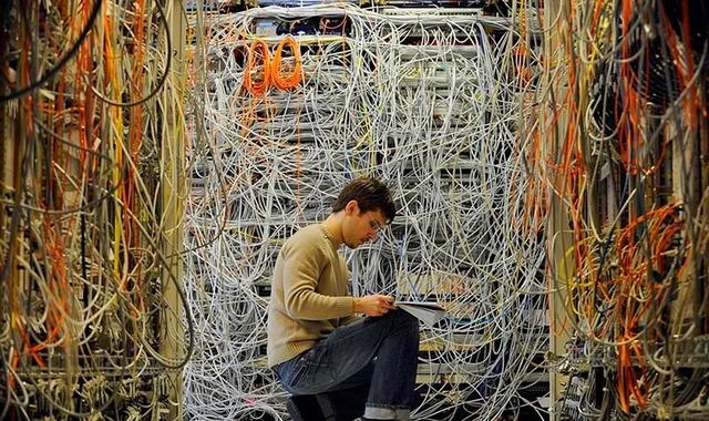 解决模拟量变送器到控制器的布线难题